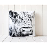 Indoor Cushion - Side View Bovine B+W- 45x45